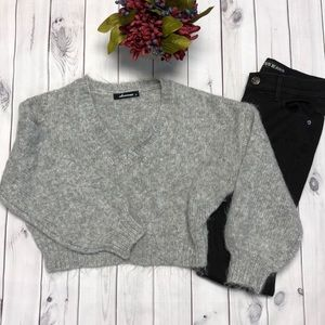 Olivaceous small  gray fuzzy 1/2 sweater